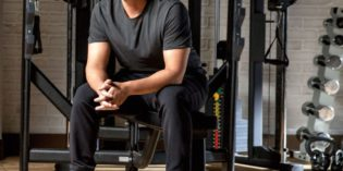 ROB LOWE SIGNS ON WITH SKECHERS The Iconic Actor Returns for new Men's Footwear Campaign